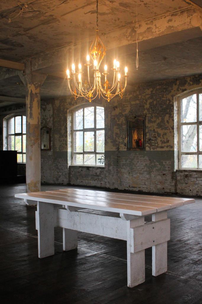 vermietung von m beln alte teppichfabrik berlin. Black Bedroom Furniture Sets. Home Design Ideas